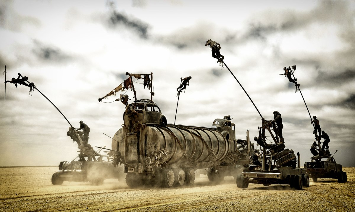 Mad Max Fury Road : le Dakar sans Gérard Holtz
